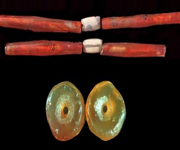 Stone Beads of the Indus Civilization: Technology and Trade