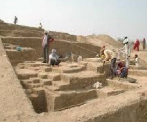 A Duet over South Asia's Largest Harappan Site, Rakhigarhi